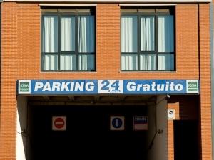 Apartotel Albufera | Parking
